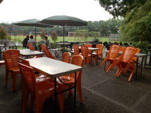 tempat makan enak di kota Medan | Pengunjung disatukan dengan alam yang segar, Tasbi Coffee Club (TCC)