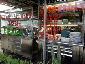 tempat makan enak di kota Medan | Stand penjualan makan di Tasbi Coffee Club (TCC)