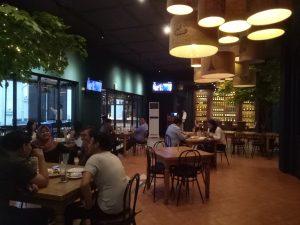 tempat nongkrong terbaru di Medan, Interior Ministro Cafe