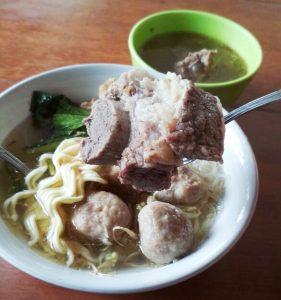 tempat makan enak di bawah 100 ribu di Bogor, Ba'so Seuseupan + Iga Sapi