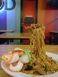 roti bakar di Jakarta, Mie Tek Tek Goreng Terbang