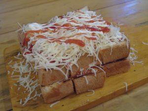 roti bakar di Jakarta, Roti Bakar Kornet Telor Keju