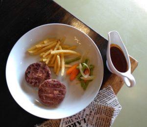 makan enak di bawah 100 ribu di Surabaya | Steak Factory Resto