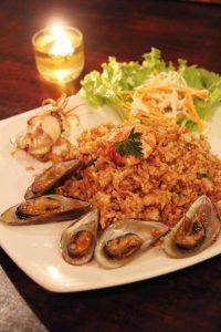 tempat makan enak di bawah 100 ribu di Bogor | Nasi Goreng Seafood, Death by Chocolate and Spaghetti