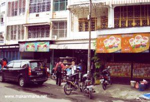 Mie Ayam Waringin, mie pansit legendaris di Medan