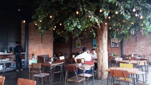 cafe asyik di Bogor,Two Stories & Level 03
