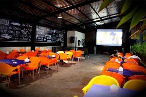 B One Cafe & Resto, cafe buat nobar di Medan