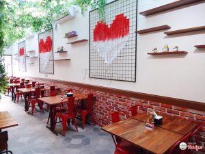 Restoran Lentora, restoran keluarga di Surabaya