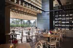 Cork & Screw, tempat nge-wine enak di Jakarta