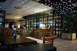 Decanter, tempat nge-wine enak di Jakarta