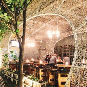 Hummingbird Eatery, tempat hangout sosialita di Bandung