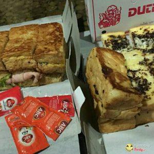 Roti Bakar Duti, tempat makan roti panggang di Bandung