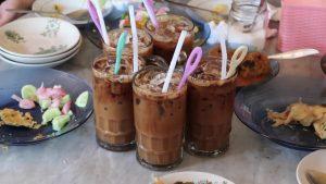 tempat ngopi klasik di Medan, Kedai Kopi Apek