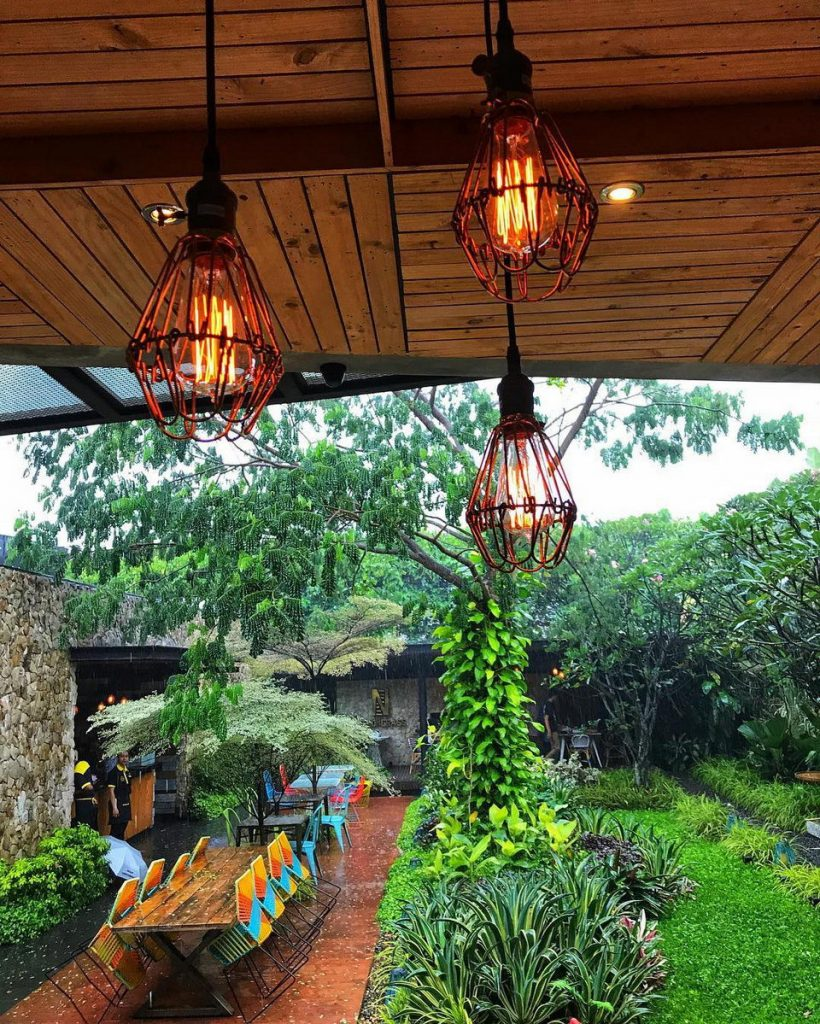 cafe romantis di Bogor, Lemongrass, Anakkota