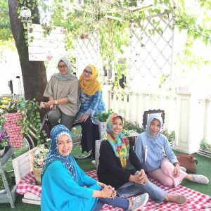 Le Delice Café and Bakery, tempat nongkrong outdoor murah di Bandung