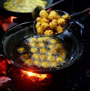 Kuliner Murah Meriah di Bandung, Perkedel Bondon