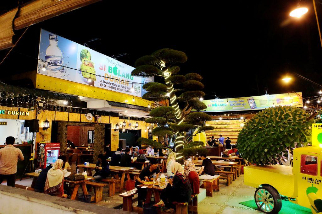 tempat makan durian enak di Medan, Si Bolang Durian, Anakkota