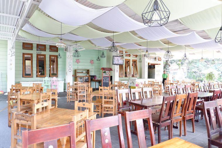 The Tree House Cafe Bandung, tempat nongkrong outdoor di Bandung, Anakkota.com