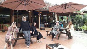 Kafe Lantera, tempat nongkrong outdoor murah di Bandung