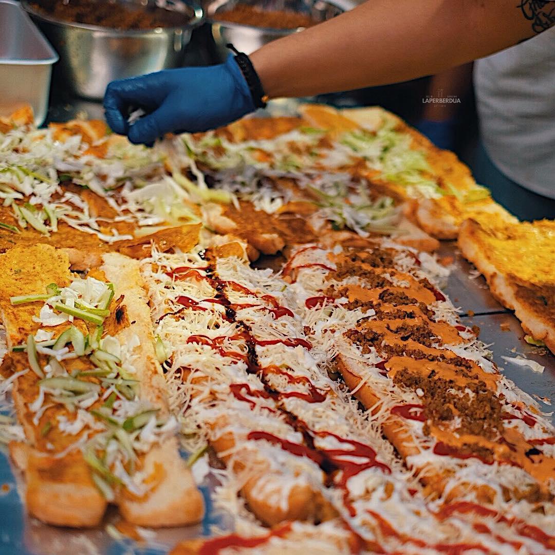roti john di Jakarta, Roti John Surabaya Muara Karang, Anak Kota