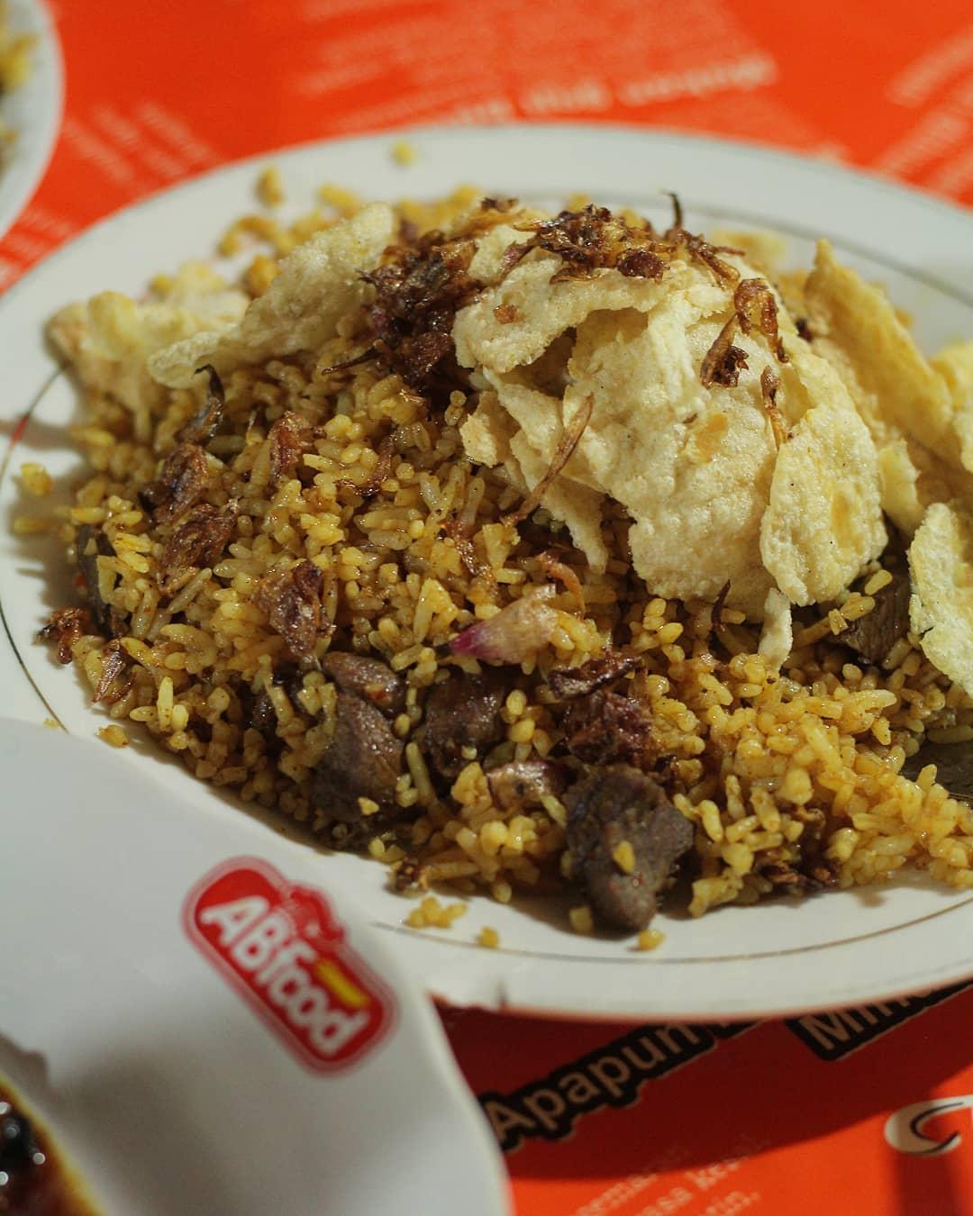 kuliner malam di Jakarta, Nasi Goreng Kambing Kebon Sirih, Anak Kota