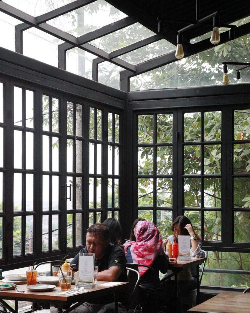 tempat hangout di Semarang, Goodfellas Resto & Bar, Anak Kota