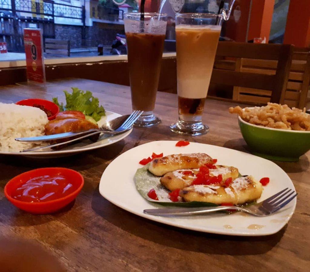 tempat hangout di Semarang, Menu Legend Coffee, Anak Kota