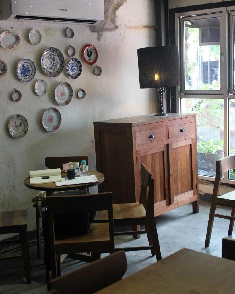 tempat hangout di Semarang, Peacock Coffee, Anak Kota
