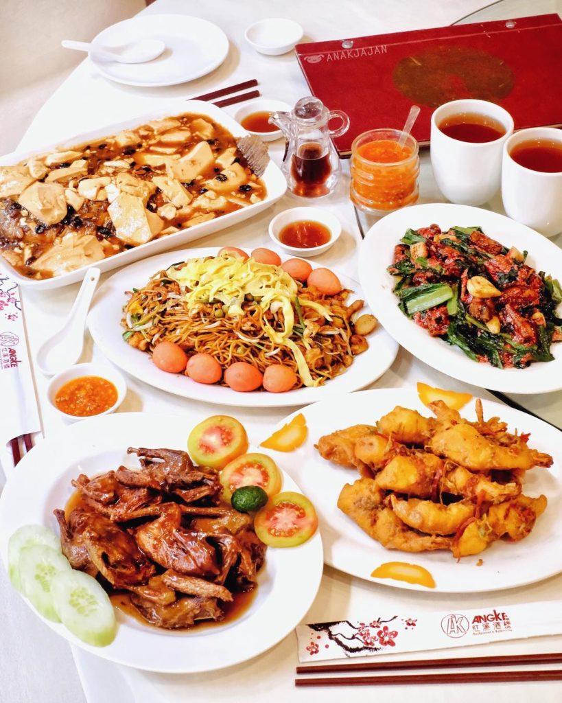 restoran chinese di Jakarta, Restoran Angke, Anak kota