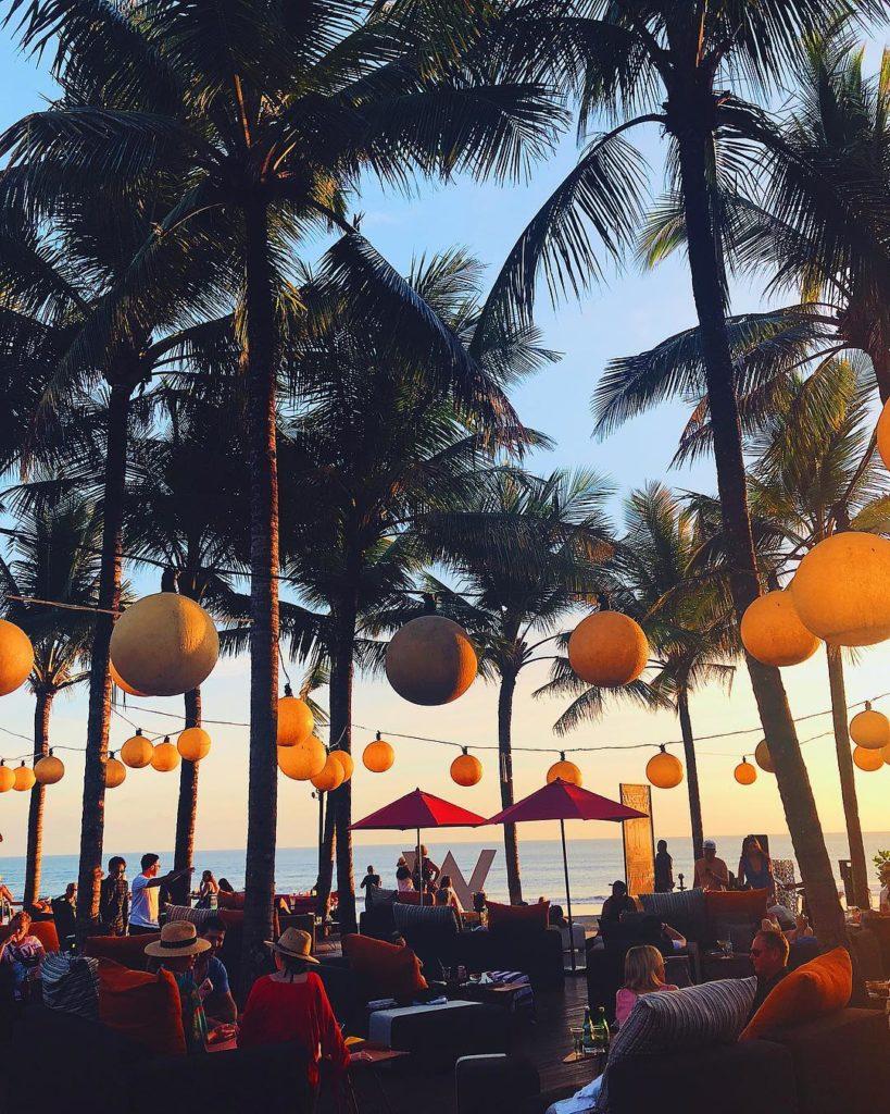 tempat nongkrong di Bali, Woo Bar, Anak Kota