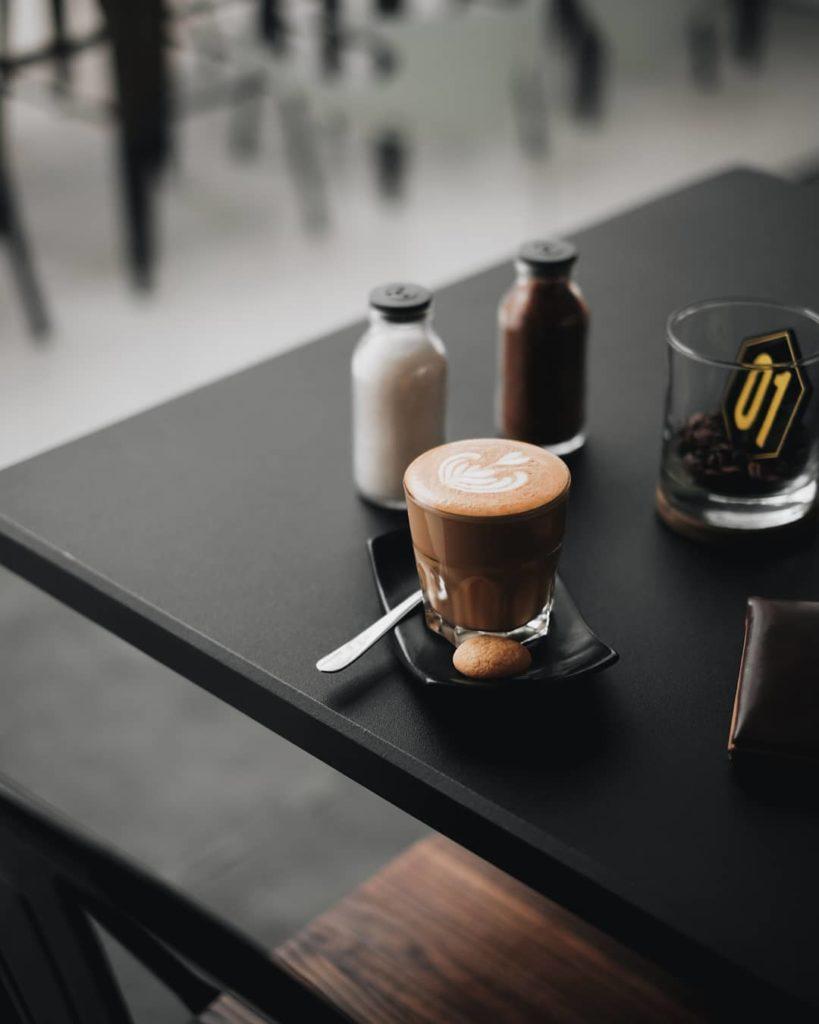 tempat ngopi di Malang, Labore Coffee Eatery, Anak Kota